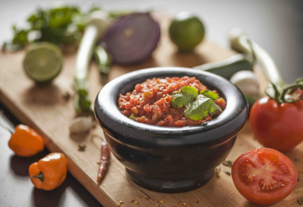 salsa food photography